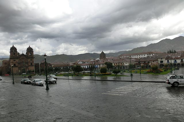 クスコのアルマス広場