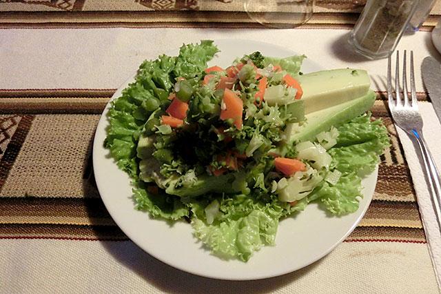 アボカドのサラダ。アボカドが非常に美味しかった。